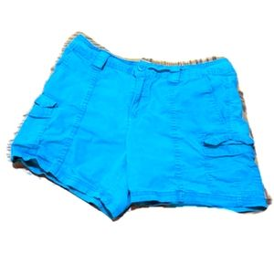 St John's bay size 8 womens blue shorts. As is